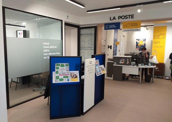 Le bureau de poste de Pleine-Fougères