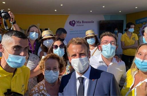 A La Londe-les-Maures, le président de la République Emmanuel Macron a accueilli les entrepreneurs, élus et tous les représentants