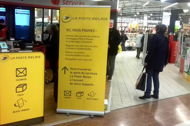 Le Relais La Poste outlet at Porte de Lyon Shopping Centre