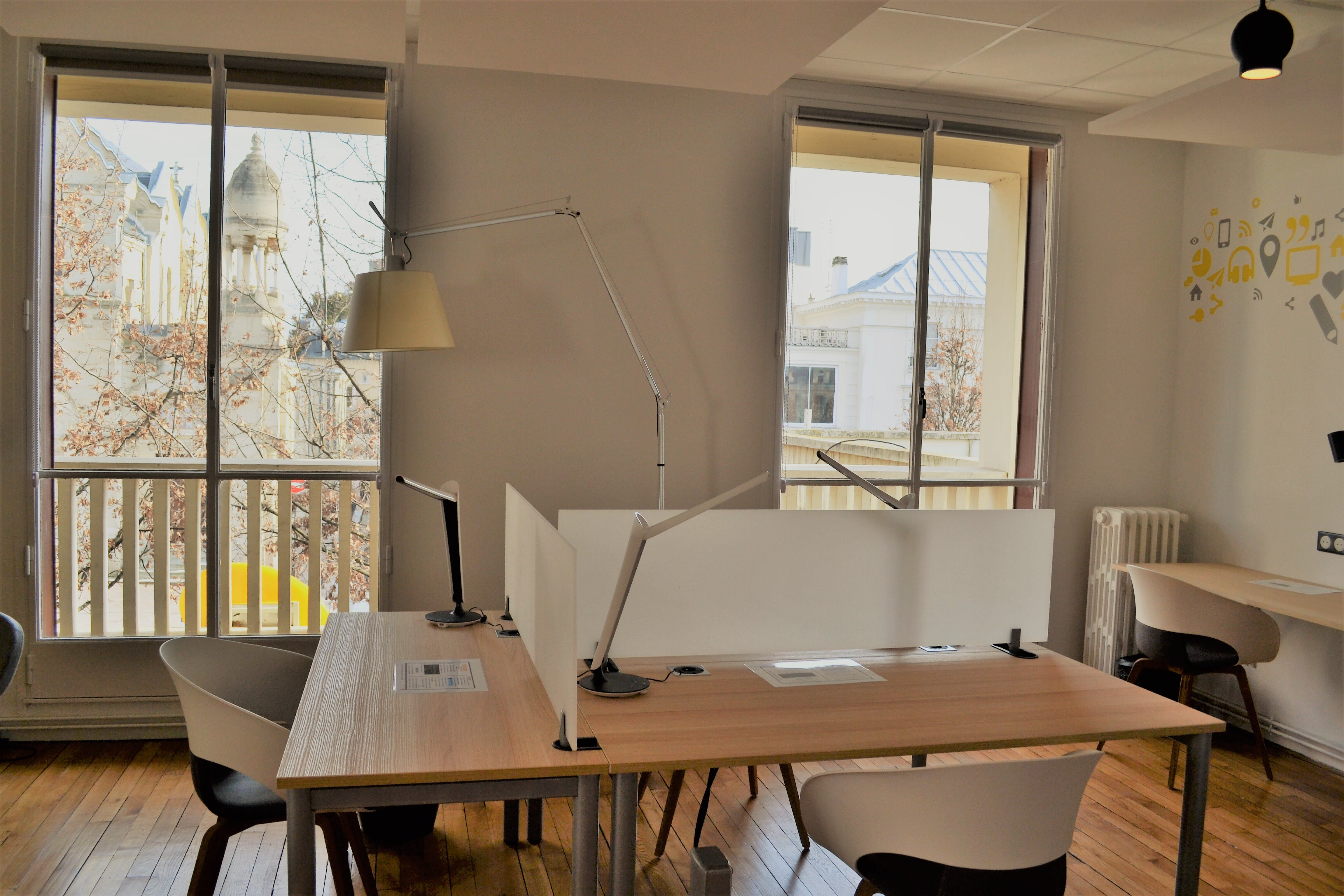 The new Nomad space opened above the post office in Enghien-les-Bains (Val-d'Oise).