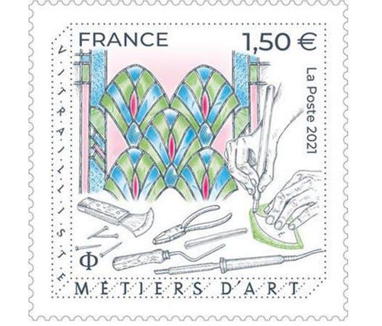 Le timbre Vitrailliste dévoilé au Centre international du Vitrail