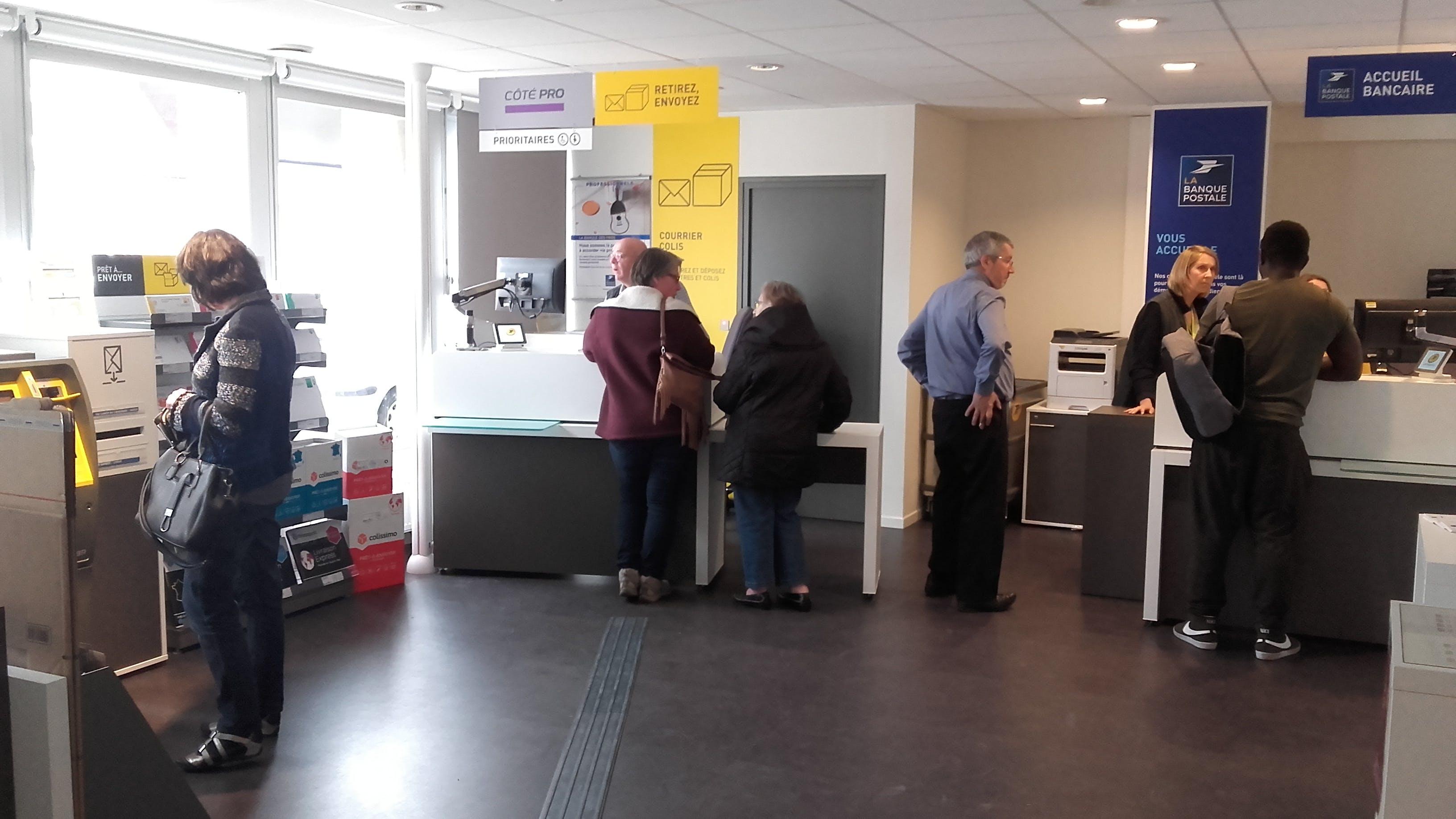 Recently reopened post office in Vitry-en-Artois
