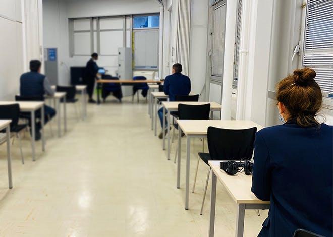 Le nouveau site postal, situé à Boulogne-Billancourt dans les Hauts-de-Seine, accueille l'épreuve
