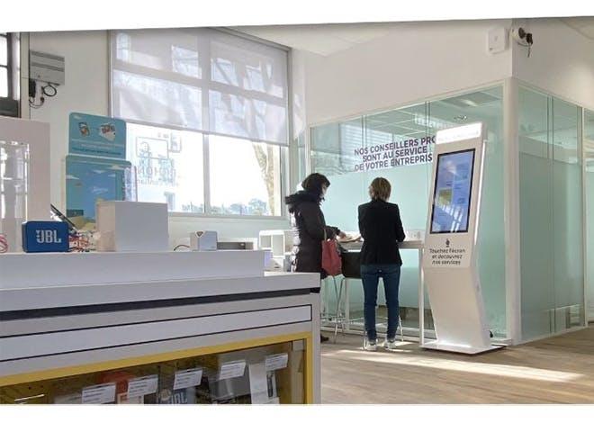 Le bureau de poste a rouvert ses portes après avoir bénéficié de travaux de modernisation