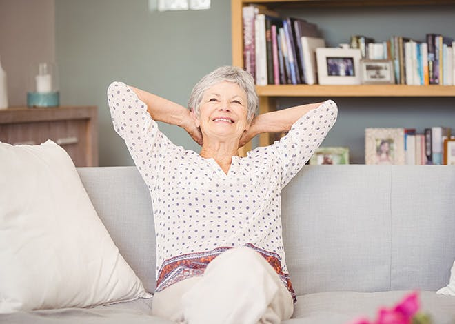 ViagéVie est un dispositif d'intérêt général de maintien à domicile assurant une sérénité matérielle et financière à des propriétaires occupants de plus de 75 ans.