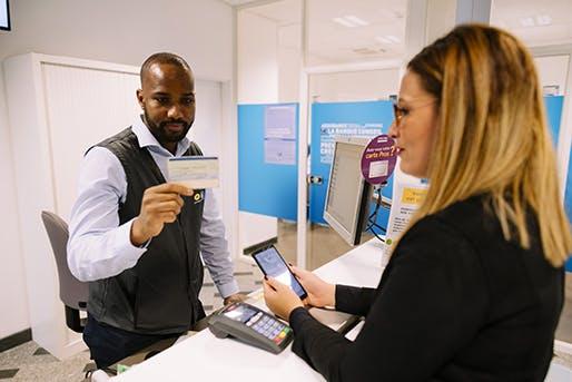 La Poste propose la création en moins de 4 minutes de son Identité Numérique dans l'un de ses bureaux de poste
