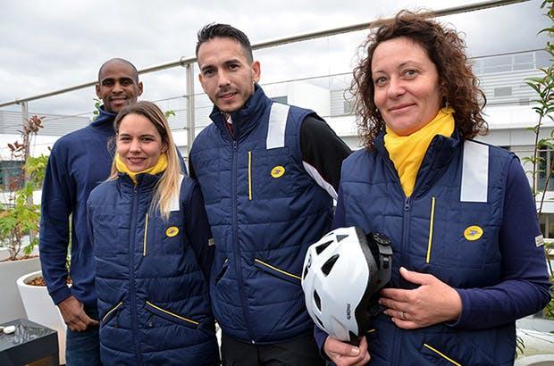 Photo avec les quatres fact.eurs.rices qui rallieront l'ONU à Bonn : Yohan Quiquine, Sophie Grimal, Tony Trihn et Aurore Girardet.