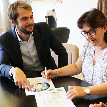 Stephanie Angot and Baptiste Rouault work on the Geoptis file for the municipal authorities in Cergy.