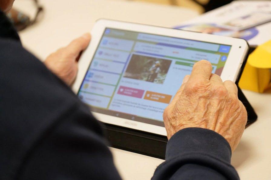 Ardoiz : La tablette numérique adaptée aux seniors et facilitant l'inclusion numérique