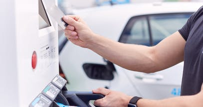 How Do You Pay For Electric Car Charging?