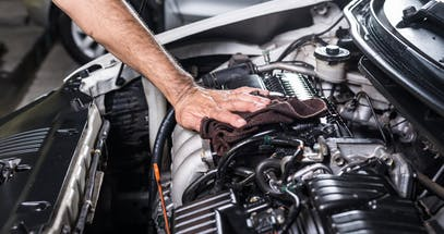 How To Clean A Car Engine in 6 Easy Steps
