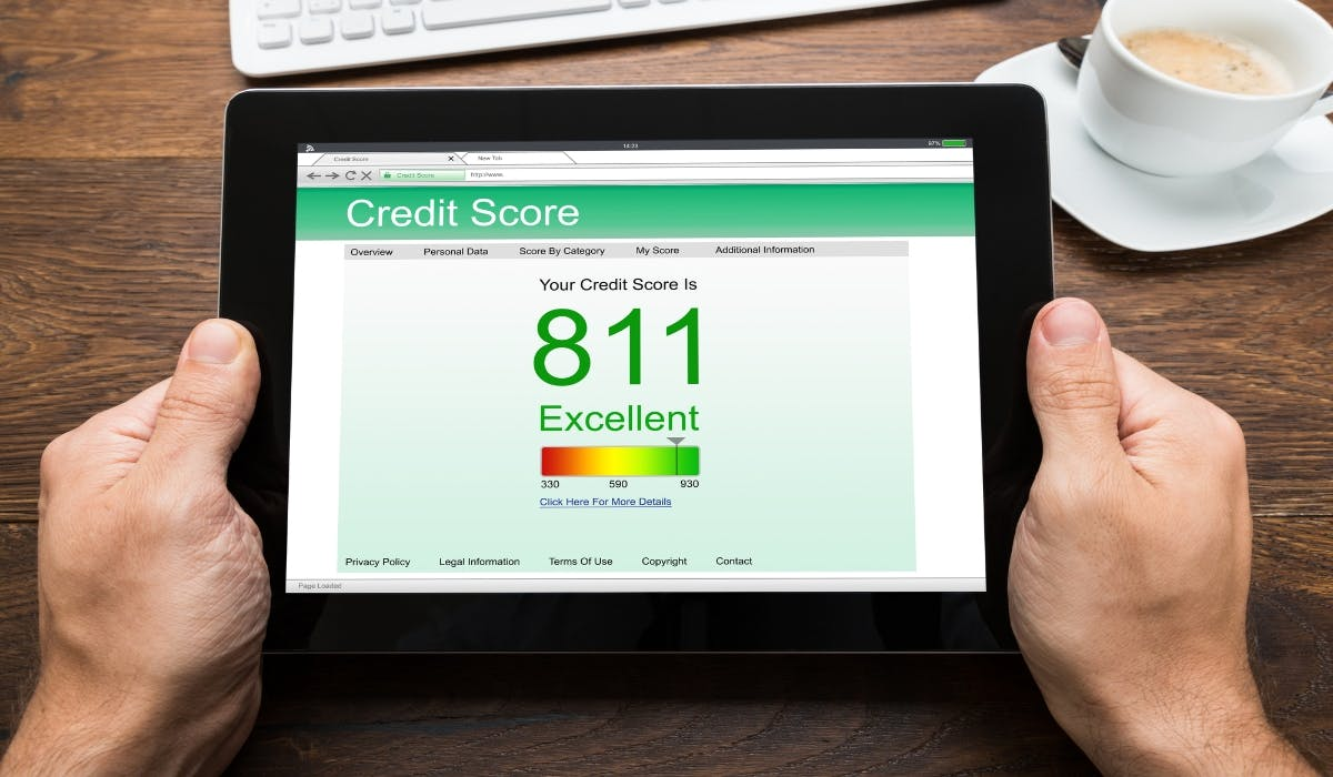 excellent credit score on tablet