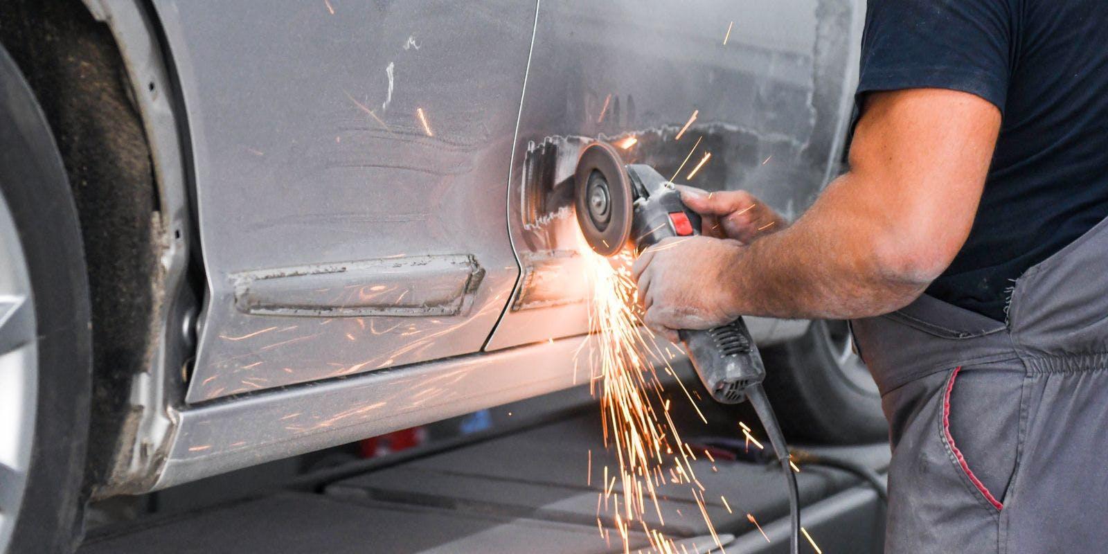 Who Repairs A Lease Car?