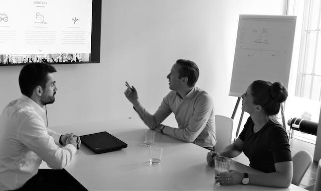 Leitwerk Consultants bei einem Meeting