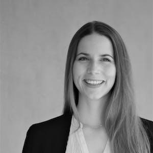 Ihre Ansprechpartnerin bei Leitwerk Consulting GmbH - Sonja Neubauer