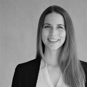 Sonja Neubauer - Ihre Ansprechpartnerin für Schulungen der Leitwerk Academy