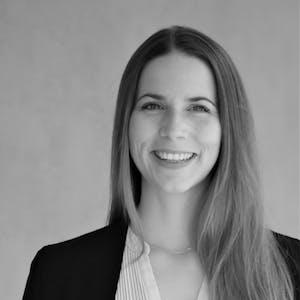 Sonja Neubauer - Ihre Ansprechpartnerin bei Leitwerk Consulting zum Thema Leitwerk Academy