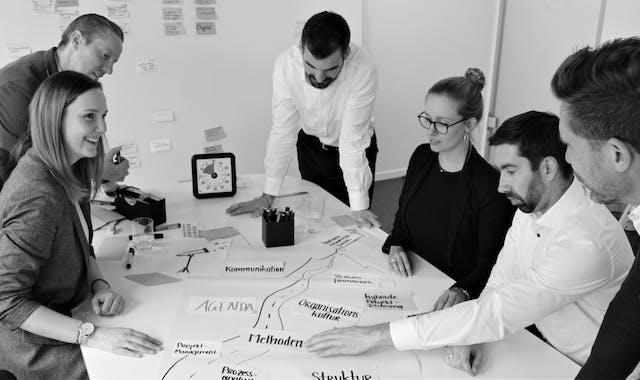 Die Berater der LEITWERKConsulting als Unternehmensberater für Business Transformation