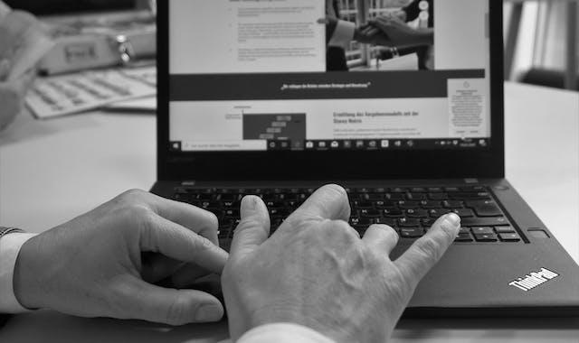 Als Unternehmensberatung unterstützt Leitwerk bei der technologischen Transformation in Kundenunternehmen