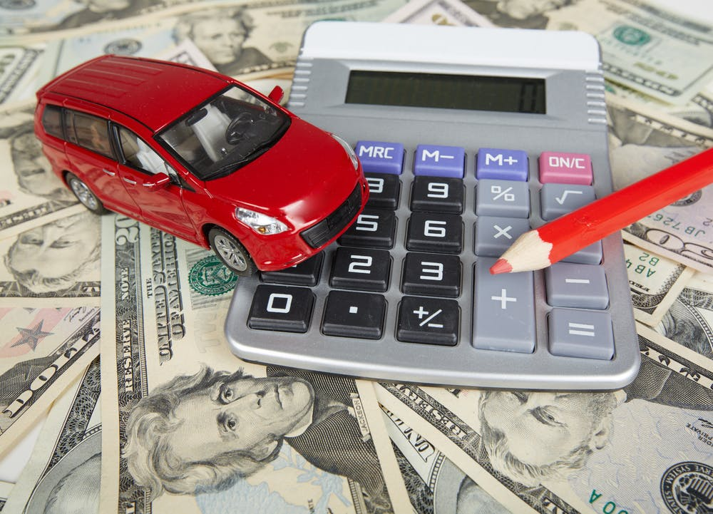 10 Tips to Help You Save Money on Car Insurance | LendUp Articles
