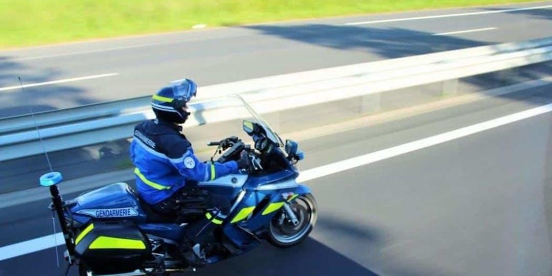 Le motard a été percuté par une voiture. Illustration (Photo: DR).