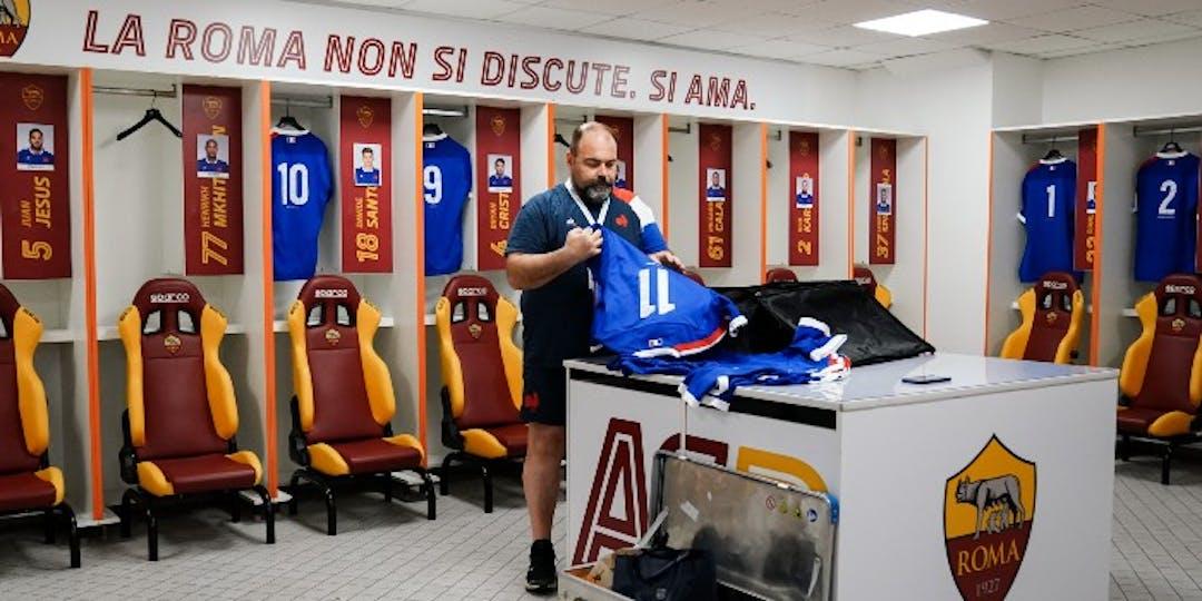 Le gendarme Jean-Luc Passard est aussi intendant du XV de France de rugby. Il est en tournée avec les Bleus en Australie (photo: Julien Pourpart/FFR).
