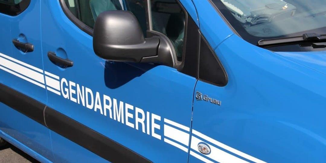 Les gendarmes ont ceinturé l'individu suicidaire au moment où il allait se jeter dans le vide. Illustration (SD/L'Essor).