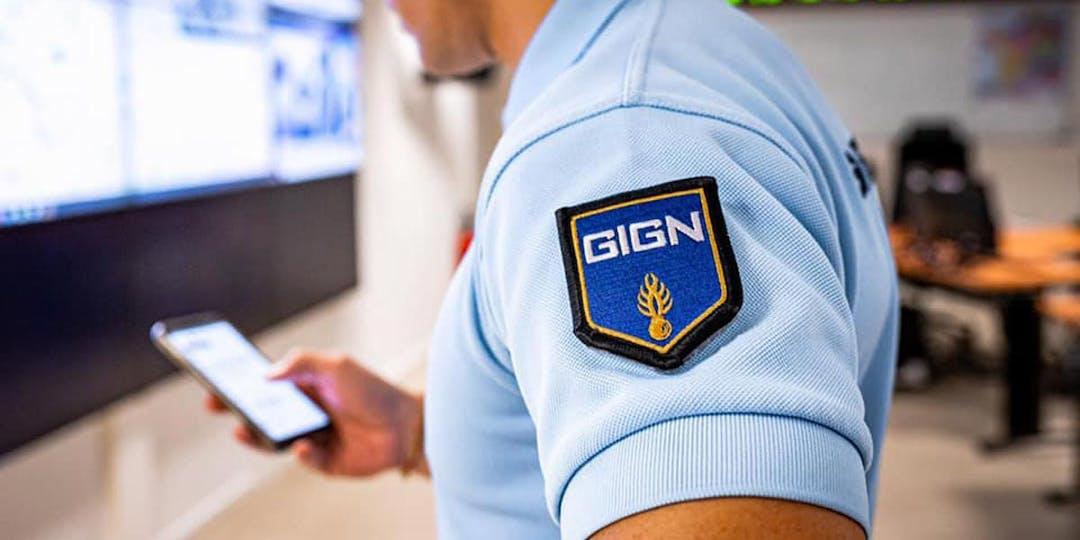 """Nouvel écusson du groupe d'intervention de la Gendarmerie nationale (GIGN) symbolisant le """"GIGN 3.0"""" porté par les quelque 1.000 gendarmes du Groupe et de ses antennes. (Photo: F.Garcia/Gendarmerie/GIGN)"""