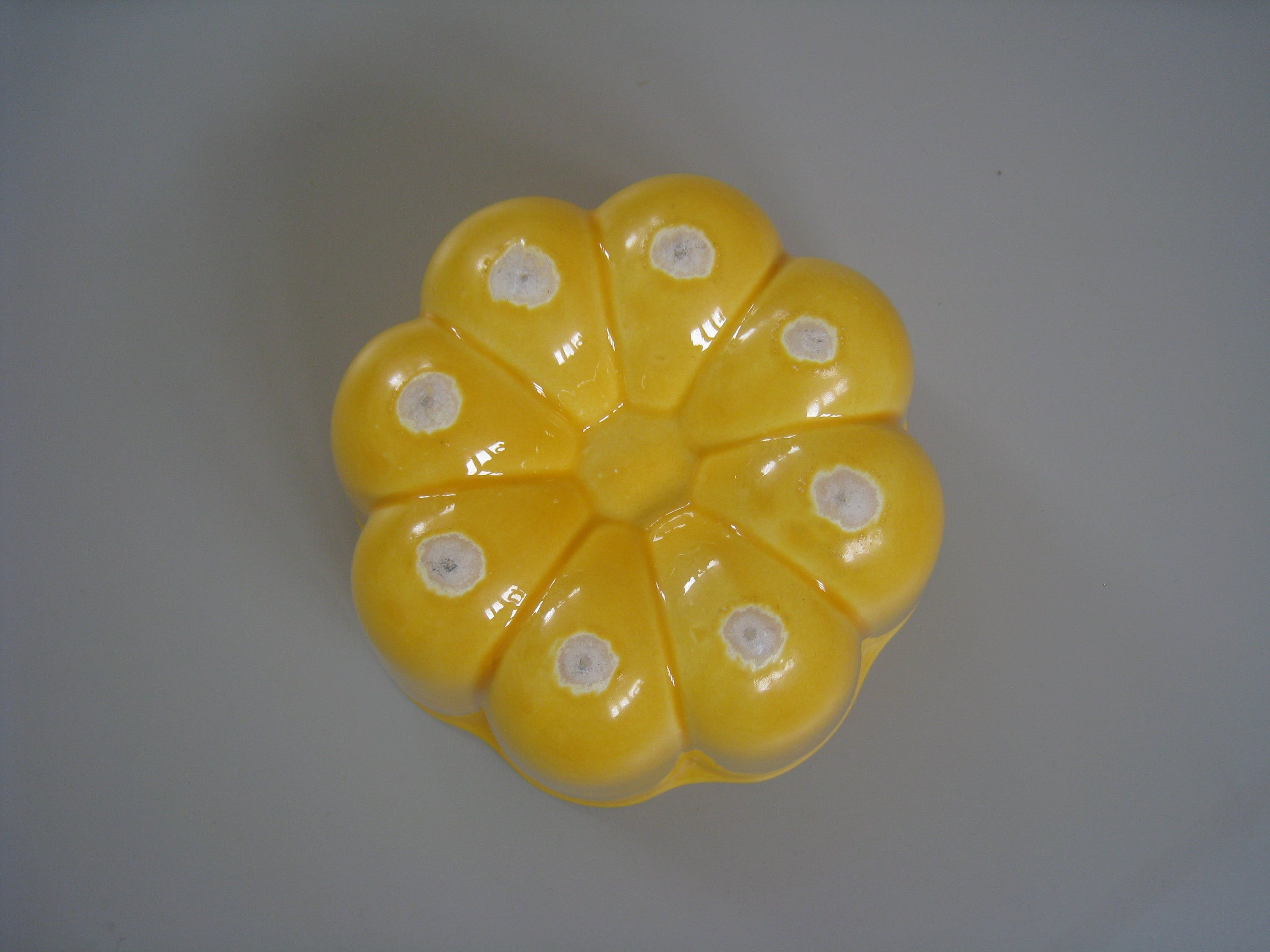Gele puddingvorm