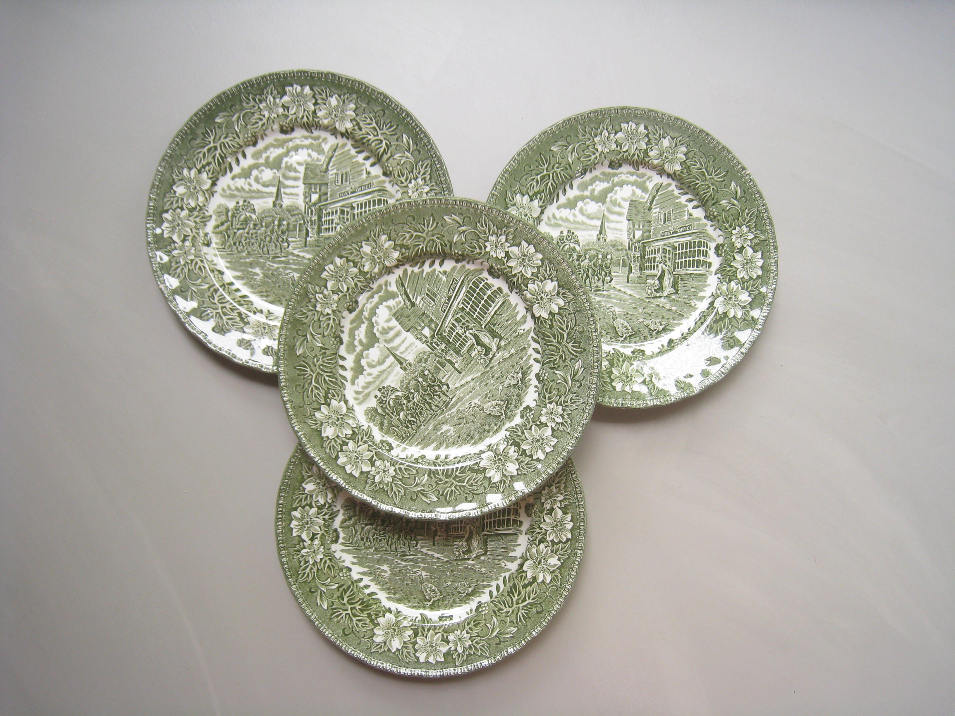 Ontbijtbordjes Royal Tudor Ware - groen