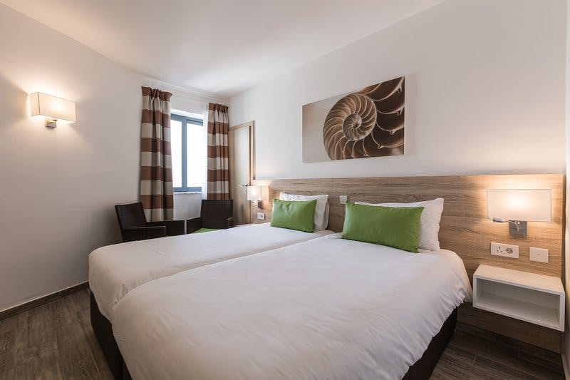 AX: Seashells resort at suncrest room