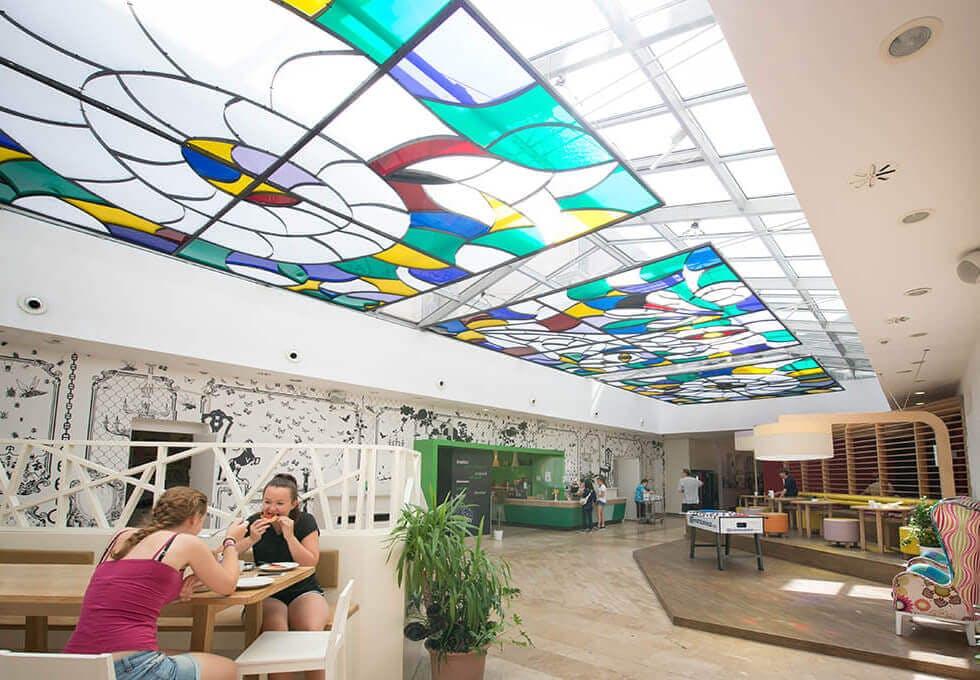 Wombats City Hostel Budapest lobby