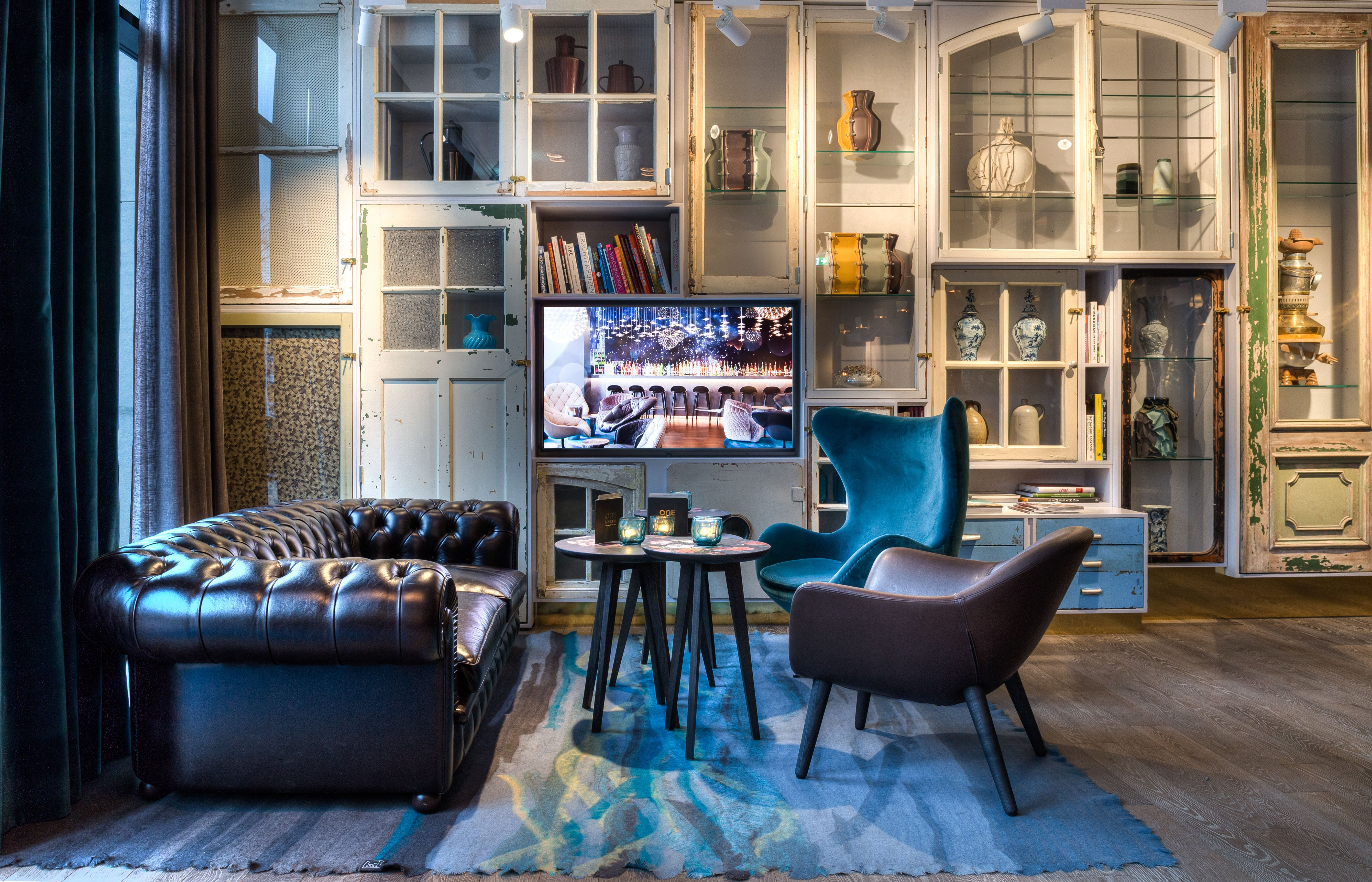 Motel One communal space