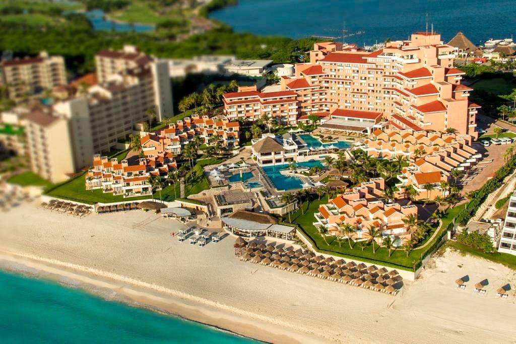 Omni Cancun Hotel & Villas exterior