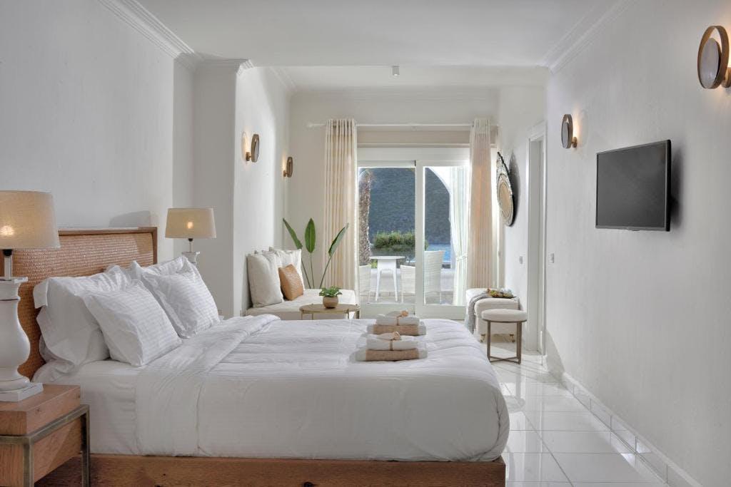 Nissaki Boutique Hotel Room