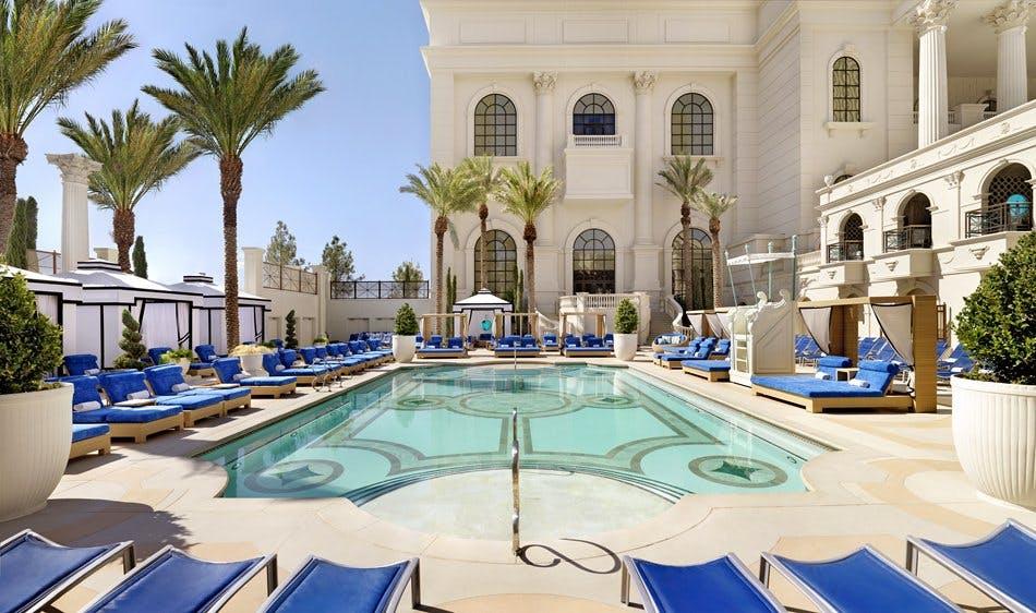 caesar's palace pool