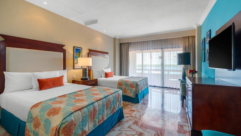 Omni Cancun Hotel & Villas room 2