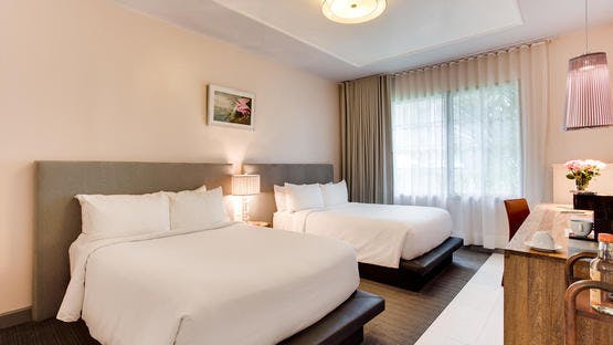 South Beach Hotel bedroom