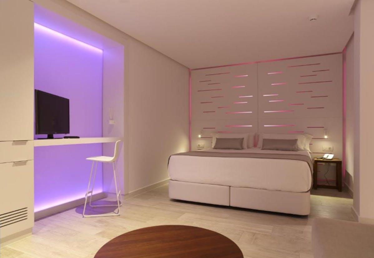 Hotel Garbi Ibiza & Spa bedroom