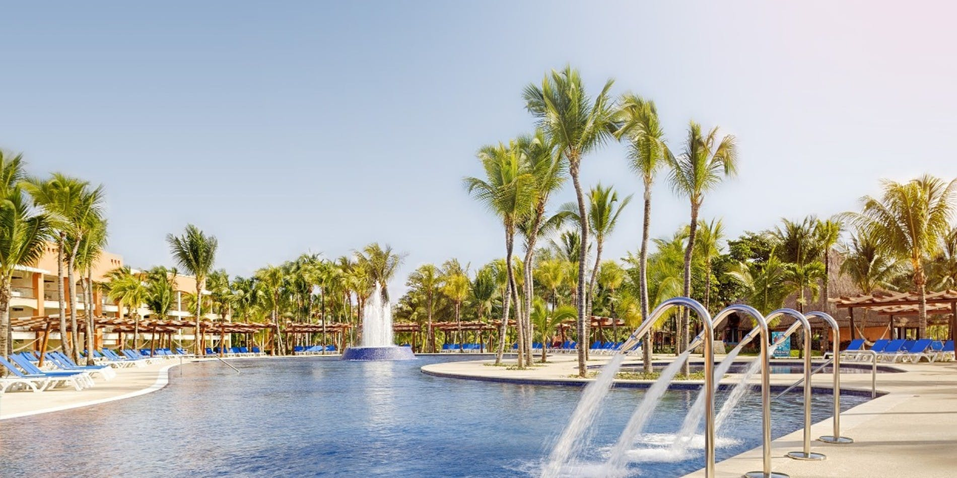 barcelo maya beach pool