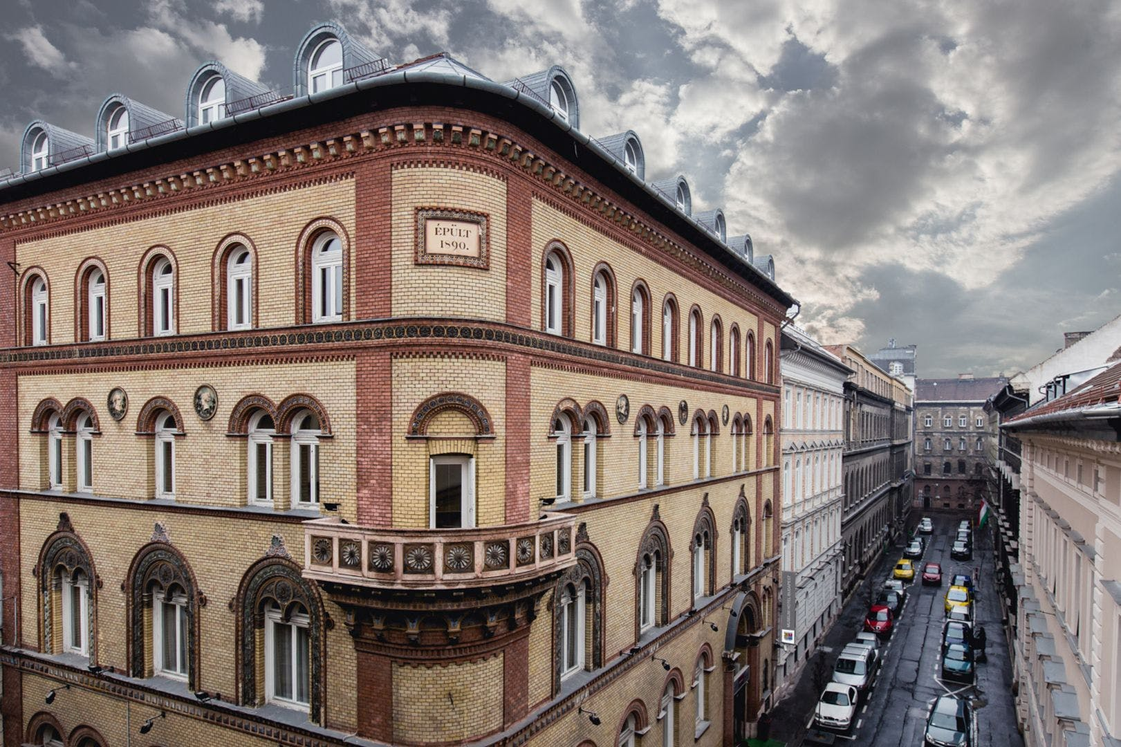 Hotel Museum Budapest street