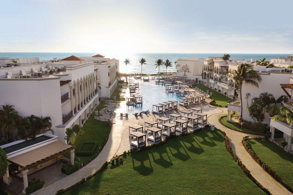 Hilton Playa del Carmen exterior