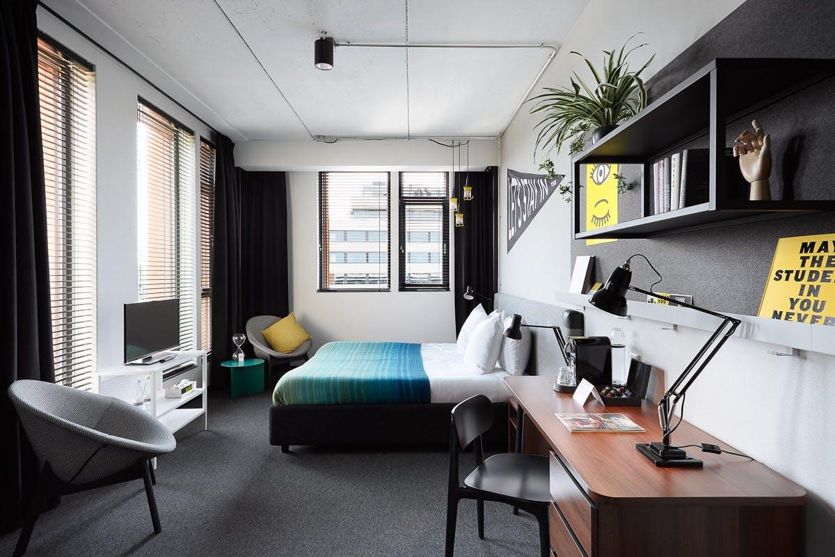 Student hotel amsterdam room