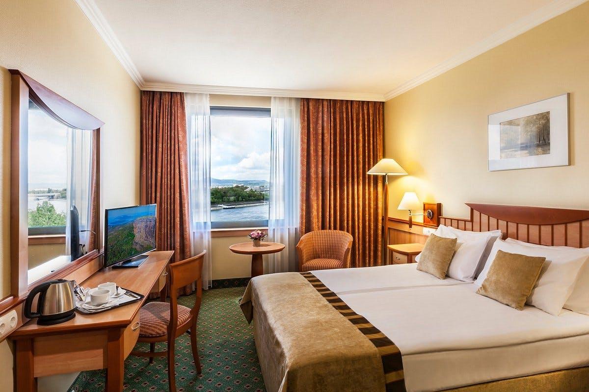 Danubius Hotel Helia bedroom