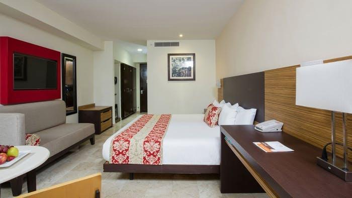 Krystal Cancún bedroom