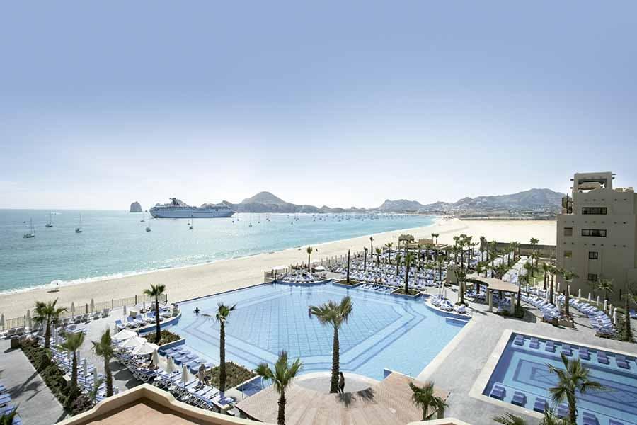 cabo beach hotel
