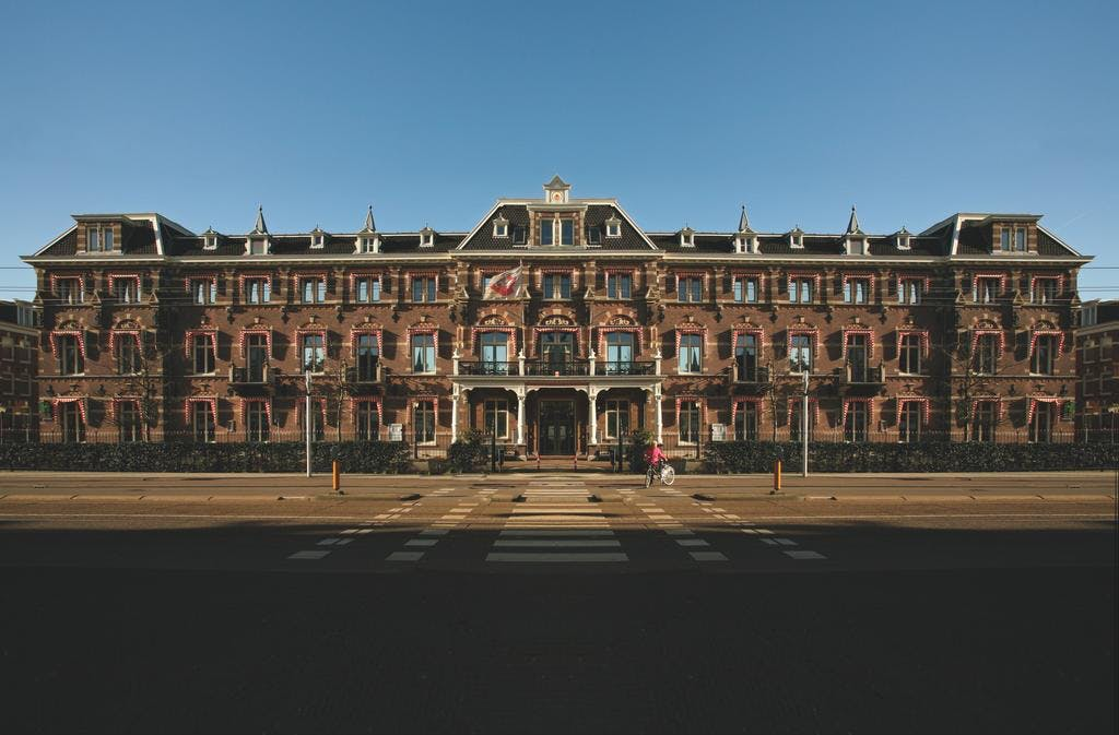 The Manor Amsterdam front