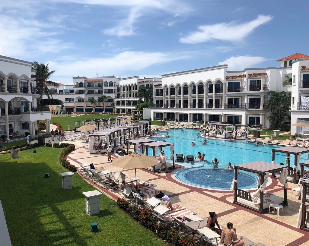 Hilton Playa del Carmen pool