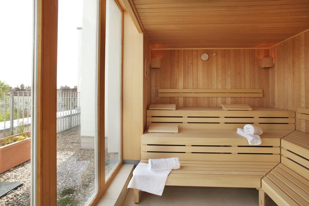 Takeover Hotel - Almodovar sauna