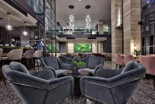 Number 11 lounge